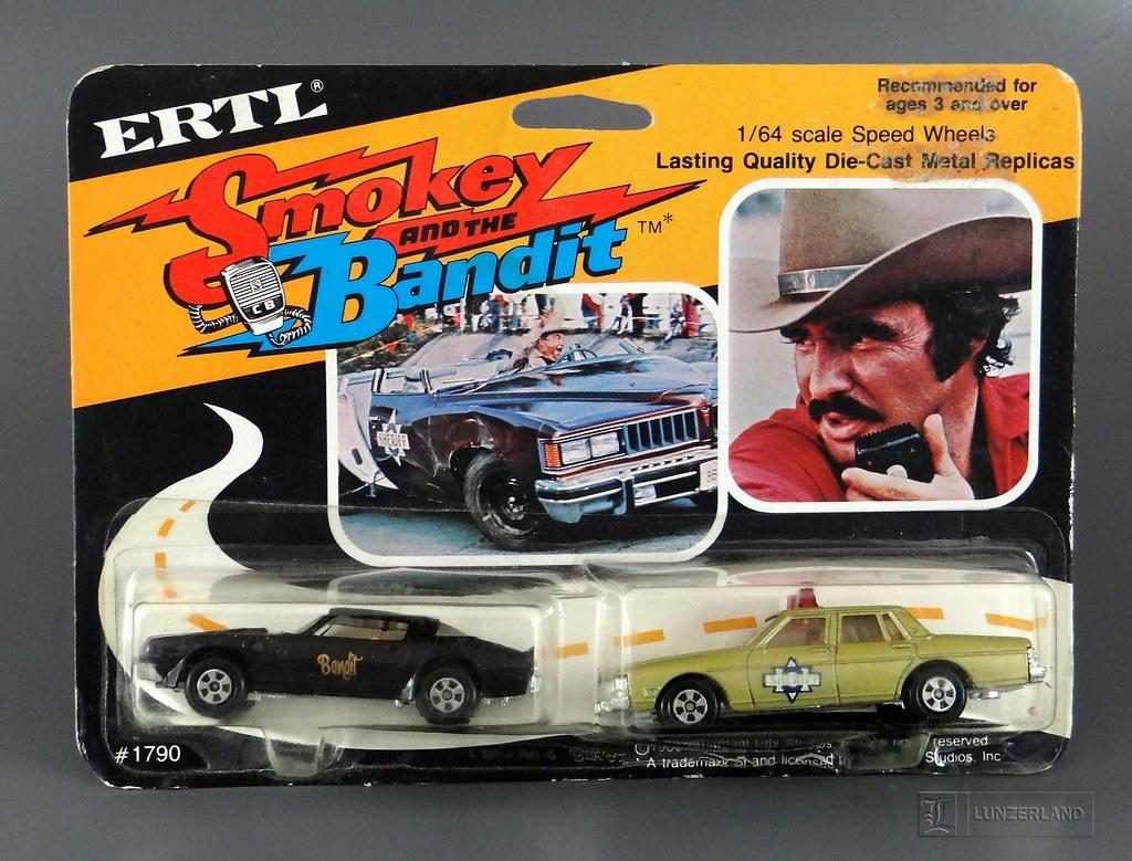 Smokey And The Bandit 77 Pontiac Firebird And 77 Ponti