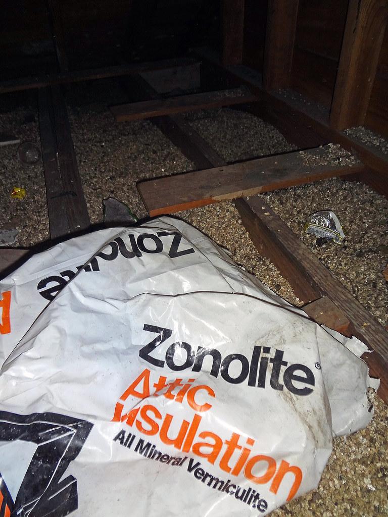 W R Grace Zonolite Vermiculite Attic Insulation Amp Plastc