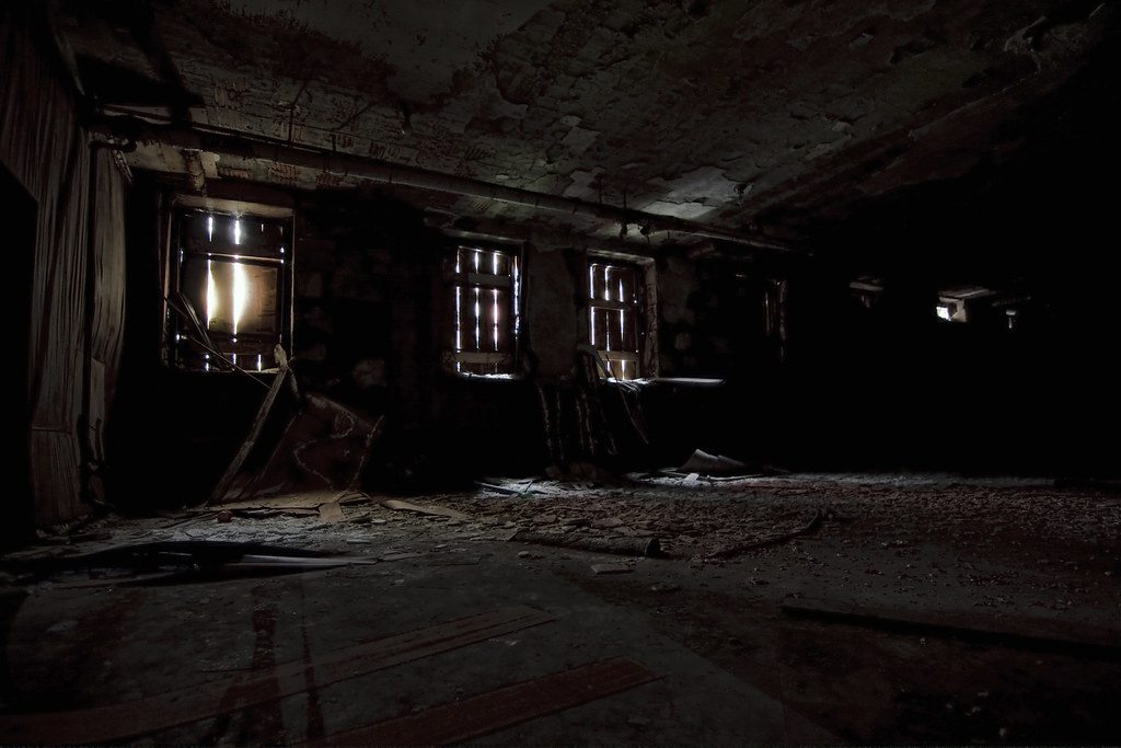i love creepy basements lilgirlkat flickr. Black Bedroom Furniture Sets. Home Design Ideas