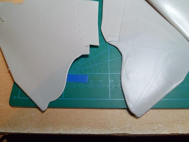 Défi moins de kits en cours : Rockwell B-1B porte-clé [Airfix 1/72] *** Abandon en pg 9 - Page 5 27259781312_6ebc440027_z