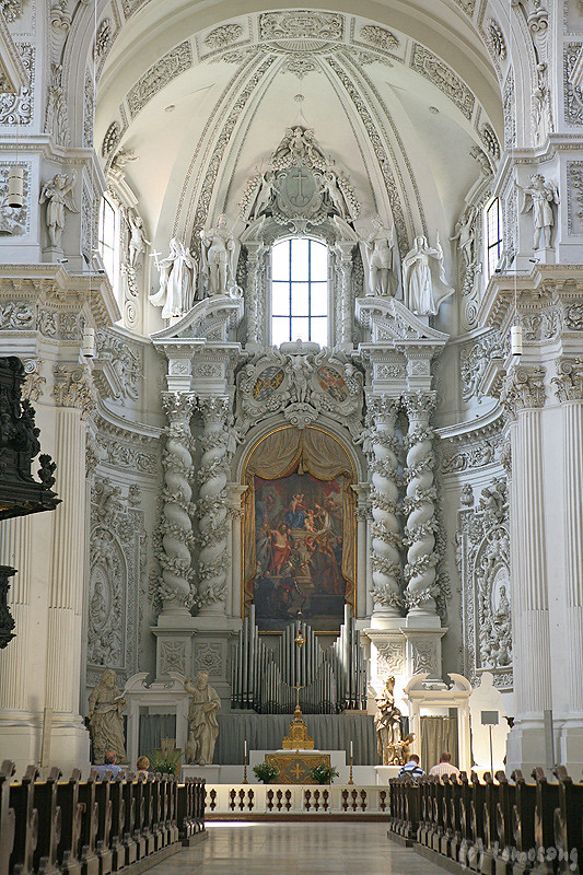 theatinerkirche travel in germany 2013 munich. Black Bedroom Furniture Sets. Home Design Ideas