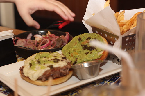 Chili s craft burgers between bites bites of food - Balance cuisine solaire ...