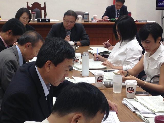 經濟委員會2日審查漁業三法。攝影:廖靜蕙