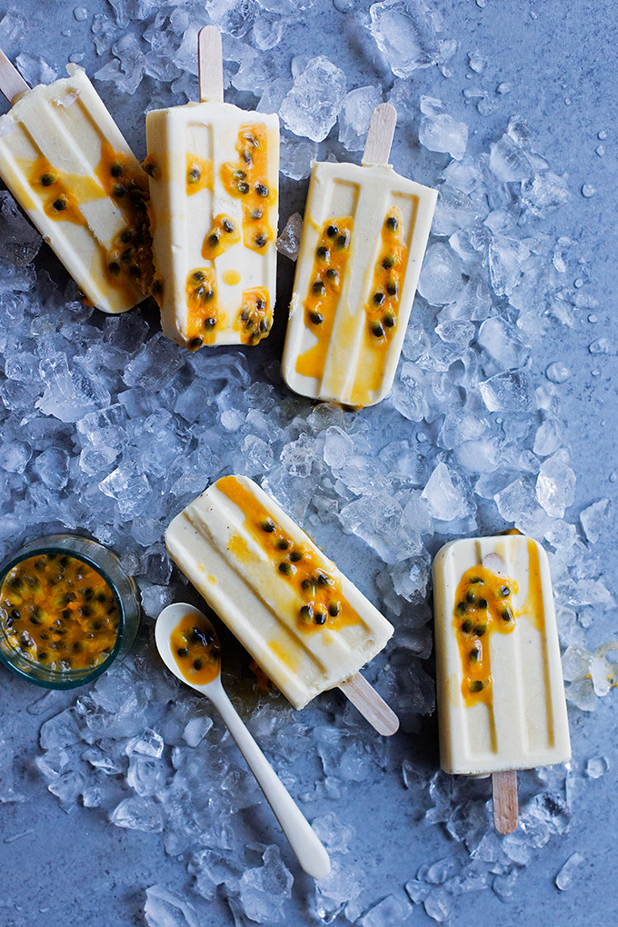 3-Ingredient Passionfruit Popsicles--the easiest, creamy, vegan, passionfruit and coconut milk popsicles.