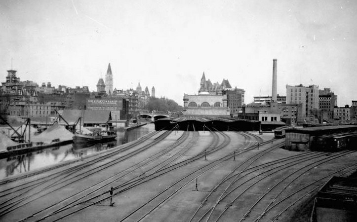Union Station From The Laurier Bridge 1920 Ottawa On