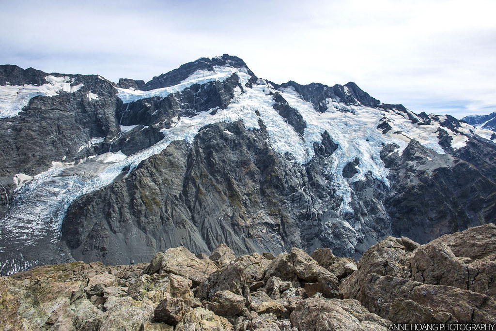 Glacier view at the Saddle