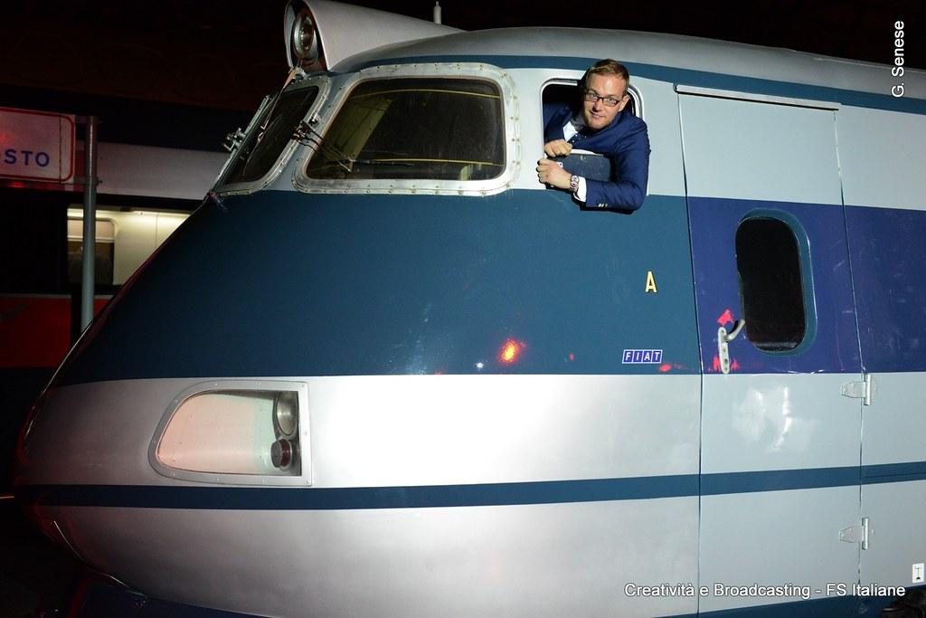 Il direttore della fondazione fs all 39 interno della cabina for Planimetrie della cabina del fienile