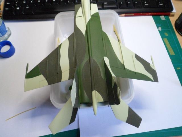 Pas-à-pas : MiG 25 Foxbat [Condor 1/72] - Page 3 27887586046_0029e63a76_o