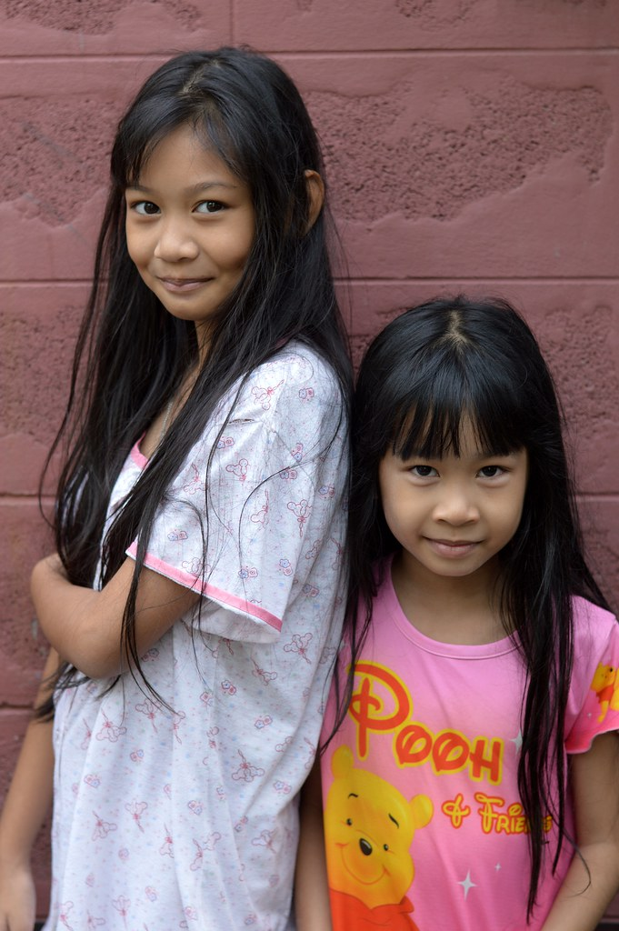 Pretty Preteen Girl And Her Sister  The Foreign -4936
