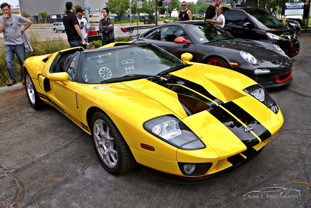 Ford Gt Forum >> Jeff Dunham's Ford GTX1 and Bruce Jenner's GT3 RS   https://www.youtube.com/ATWorldChannel ...