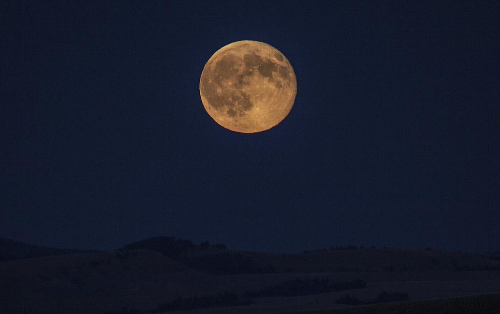 The Strawberry Moon It Was Very Pretty Tonight Kim