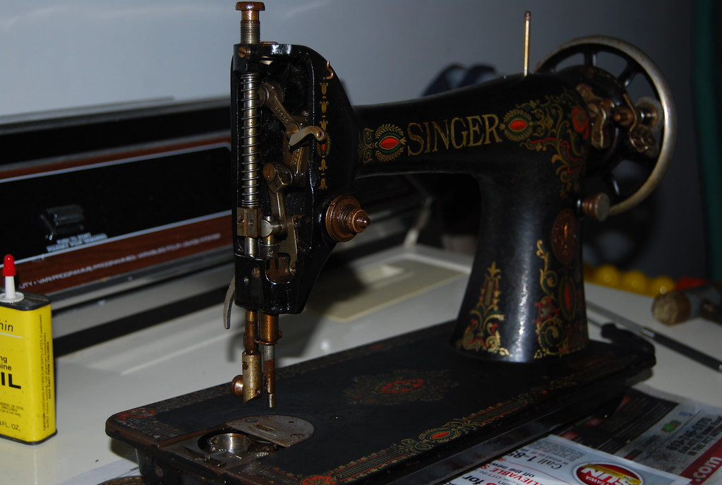 singer model 66 sewing machine
