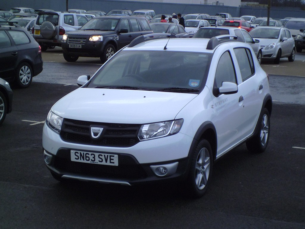 2013 dacia sandero stepway 1 5 dci ambiance the jacked. Black Bedroom Furniture Sets. Home Design Ideas