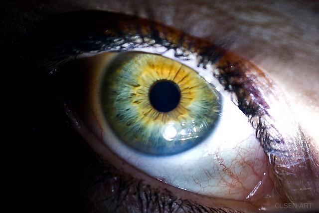 color tolerance standard human eye
