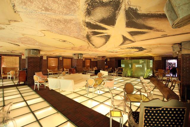 philippe starck hudson hotel bar flickr photo sharing. Black Bedroom Furniture Sets. Home Design Ideas