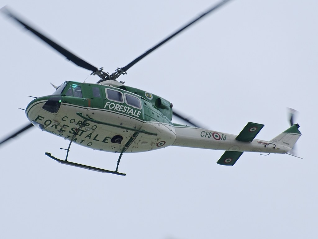 Elicottero Drago 84 : Eagle ab corpo forestale dello stato
