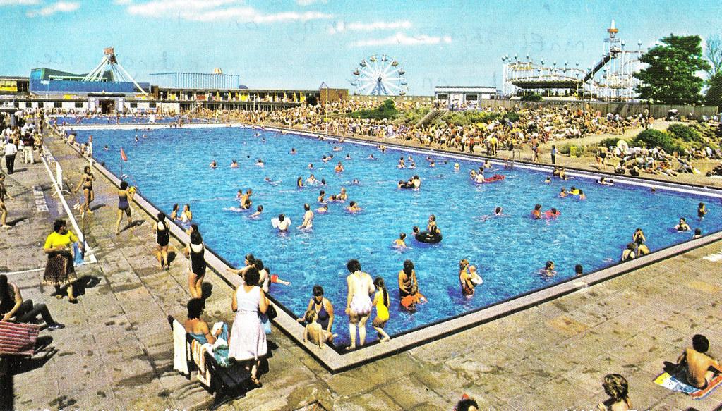 Skegness swimming pool a postally unused postcard for Unused swimming pool