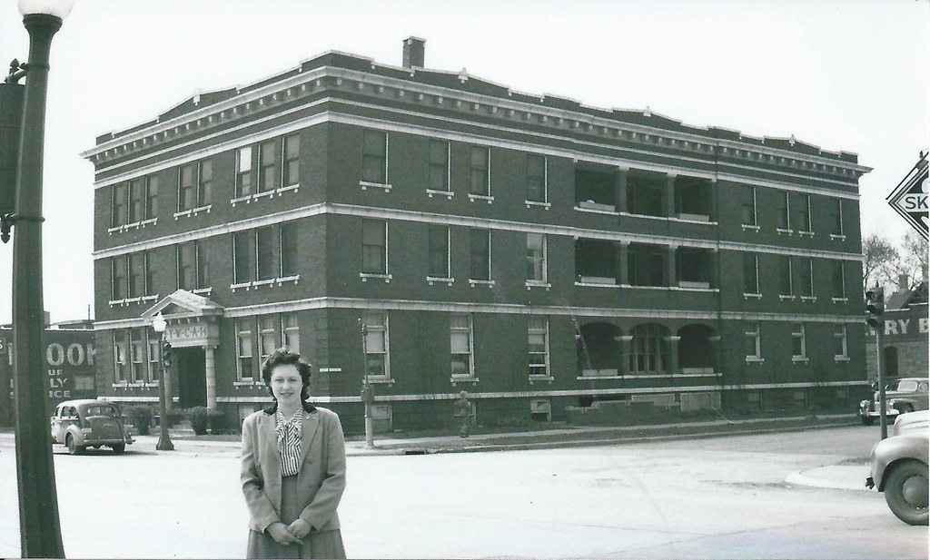 ft dodge iowa fort ywca building 1940s photolibrarian flickr. Cars Review. Best American Auto & Cars Review
