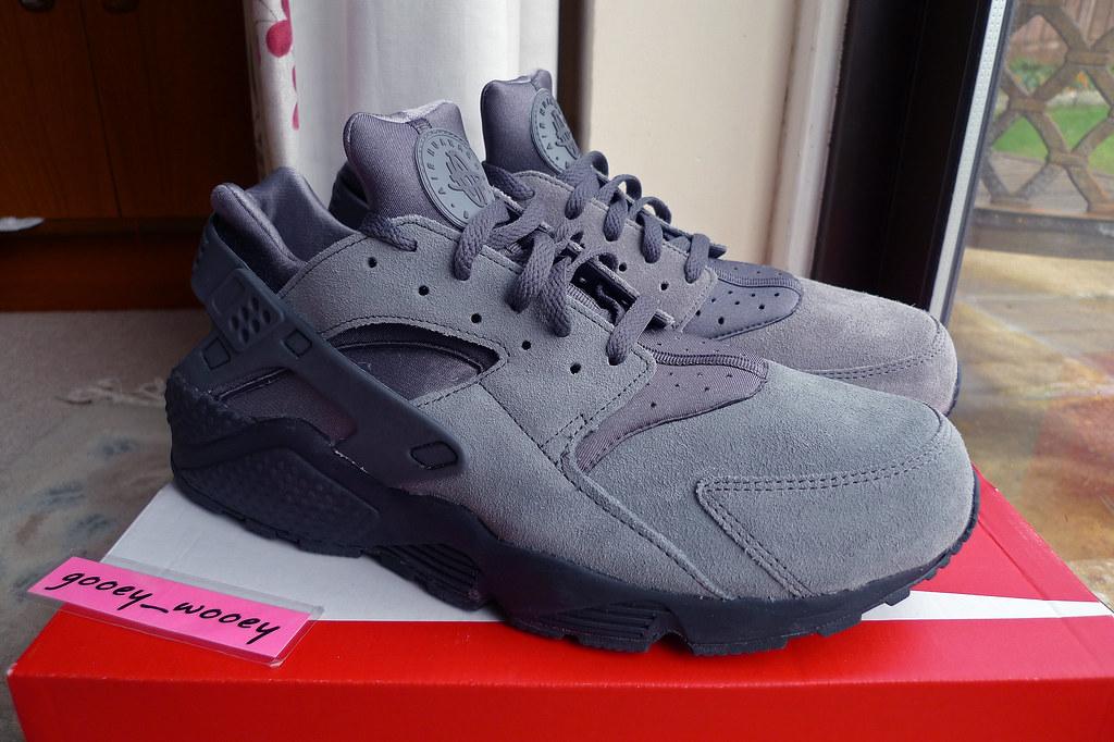 Nike Air Huarache Grey Suede