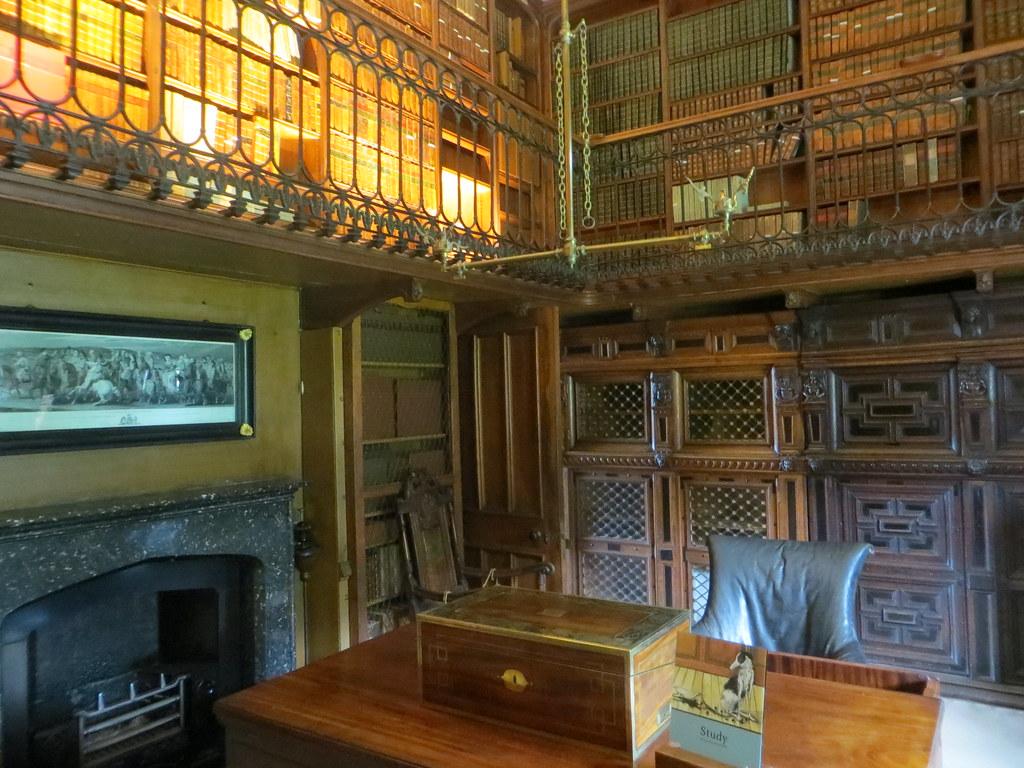 Bureau De Walter Scott Abbotsford House Galashiels Scot Flickr