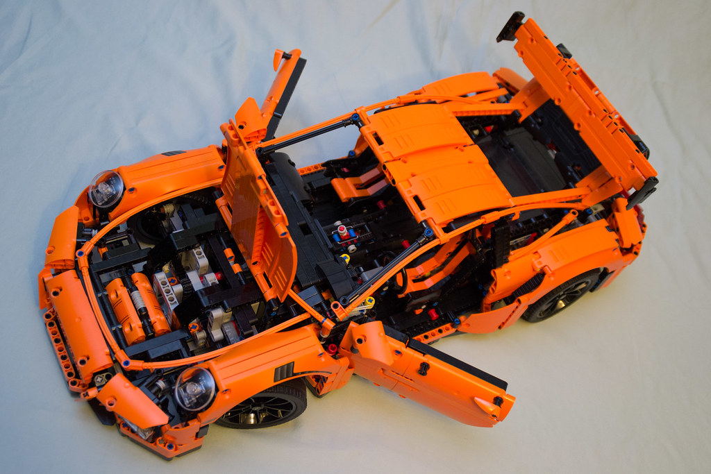 42056 lego technic porsche 911 gt3 rs top down hatches. Black Bedroom Furniture Sets. Home Design Ideas