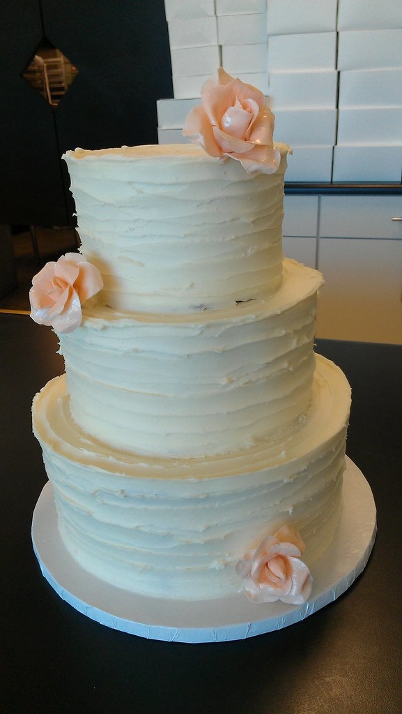 new style of wedding cakes three tier quot spiral rustic style quot wedding cake with s 17809