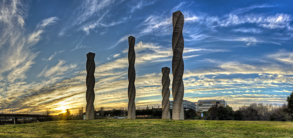 Columnas de andreu alfaro en la uab cerdanyola del vall s - Contactos cerdanyola del valles ...