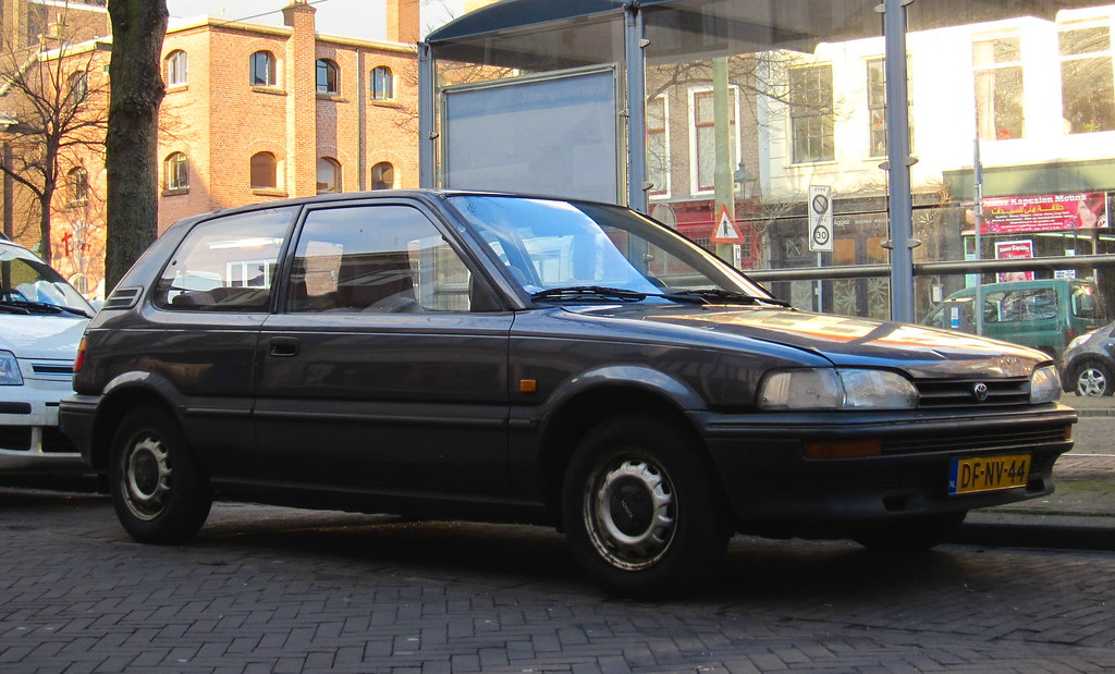 1991 toyota corolla hatchback 1 3 xli place oude centrum flickr. Black Bedroom Furniture Sets. Home Design Ideas