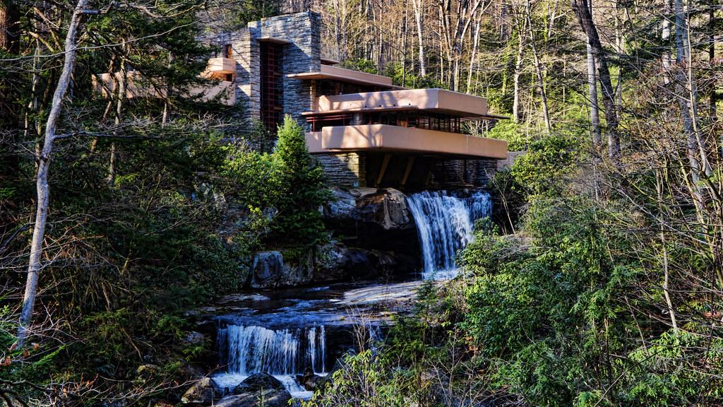 Fallingwater House Frank Lloyd Wright Architect At Age