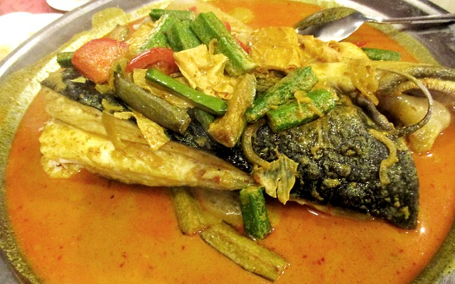 Tung Seng fish head curry