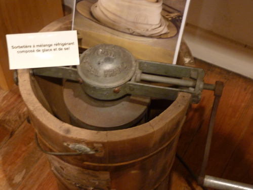 Mus e des ustensiles de cuisine saint sulpice le verdon for Ustensiles de cuisine en cuivre