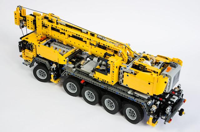 lego technic 42009 mobile crane flickr photo sharing. Black Bedroom Furniture Sets. Home Design Ideas