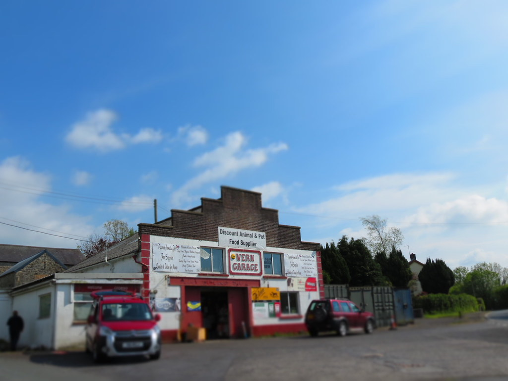 On the a40 sad to find that wern garage no longer a func for Garage finder