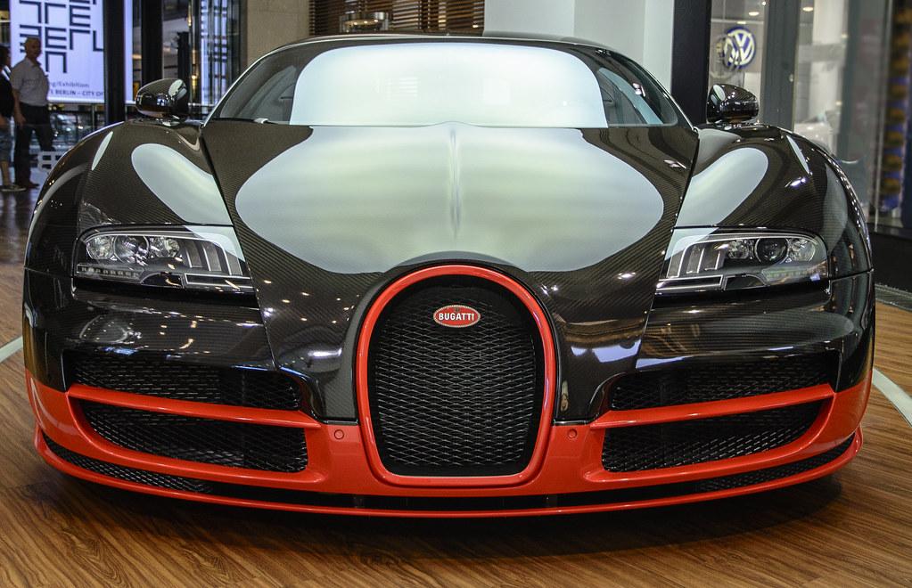 bugatti veyron front view explored super sport. Black Bedroom Furniture Sets. Home Design Ideas