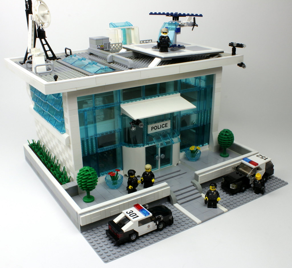 lego police station lapd enjoys their new contemporary