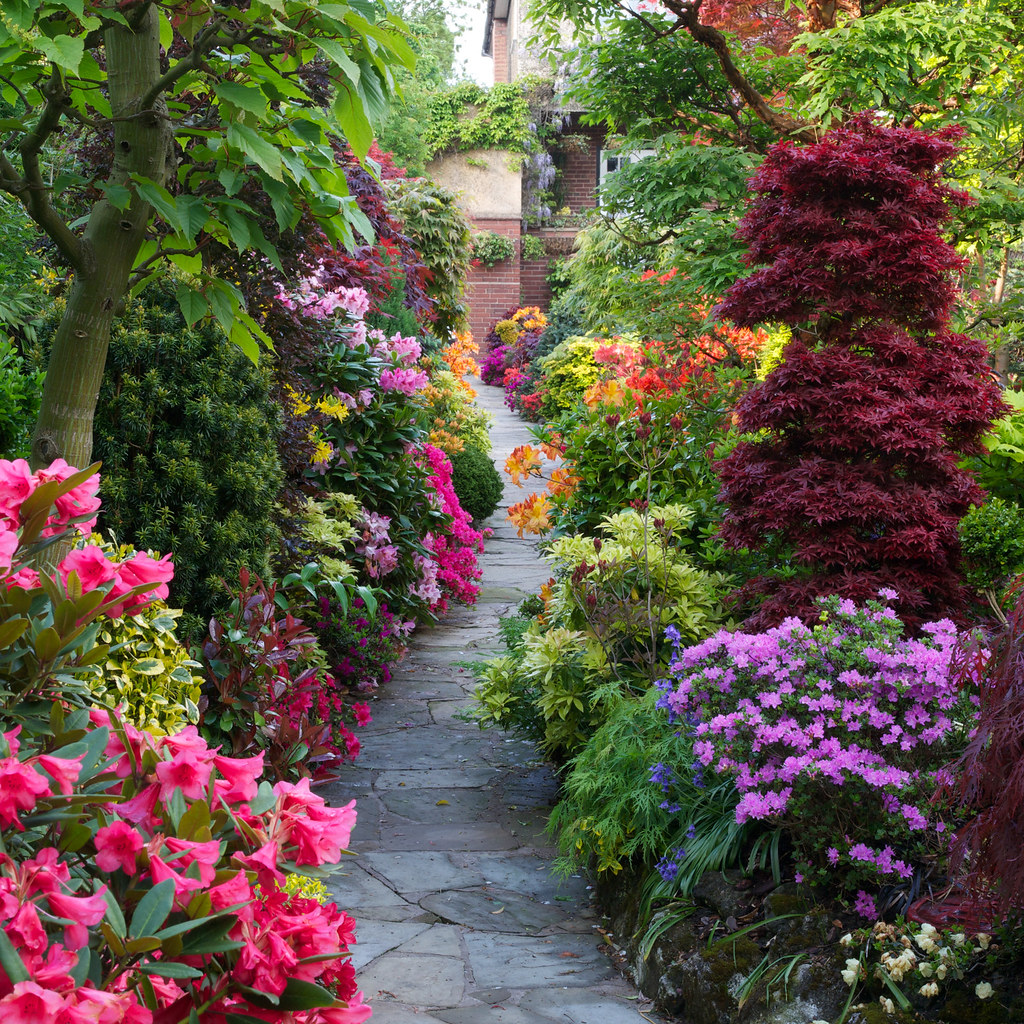 Pathway through the spring middle garden four seasons for Gardening 4 all seasons
