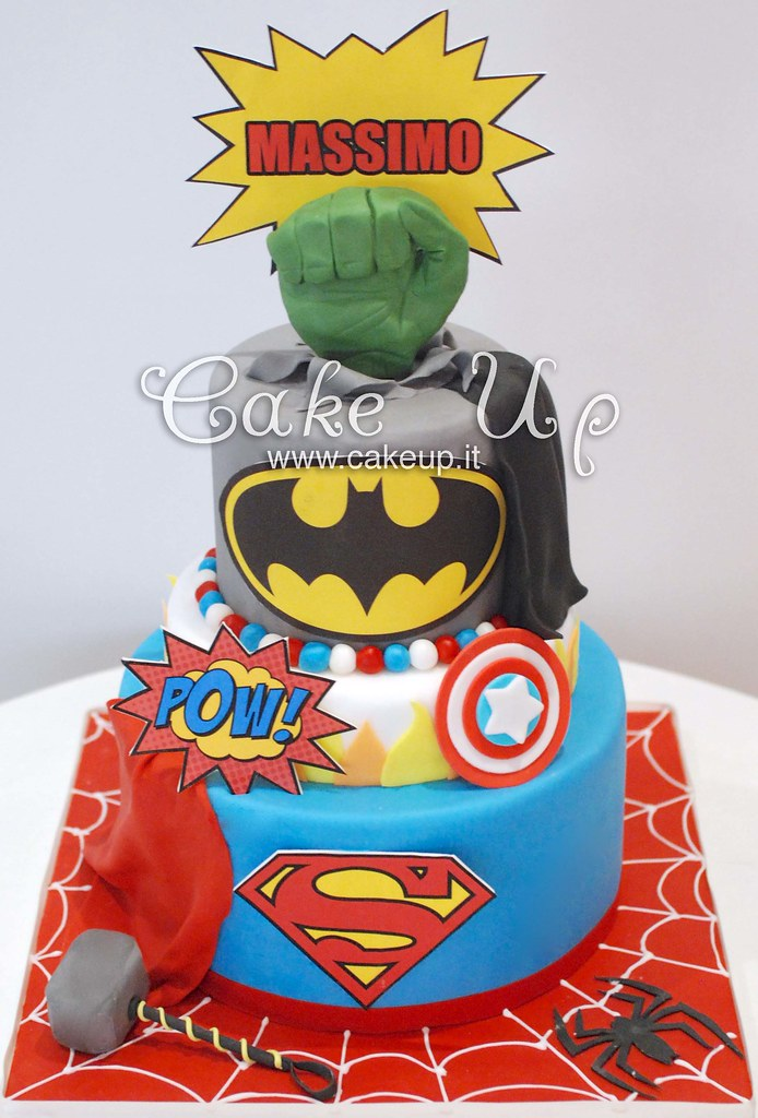 torta supereroi batman superman hulk thor ironman capitan ...