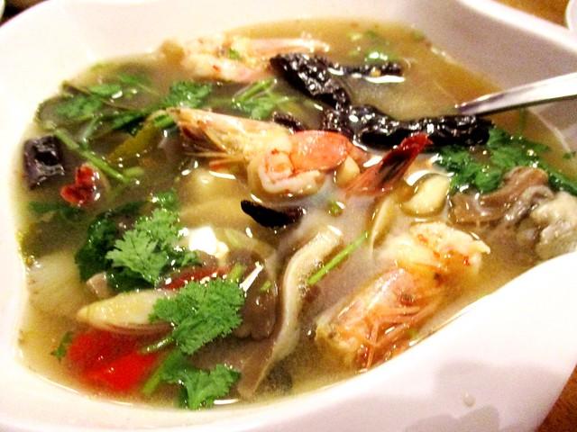 Sakhon tom yam