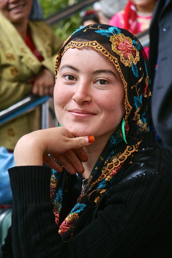 Img6837 China Kashgar Central Asian Woman  Beautiful Centr  Flickr-4552