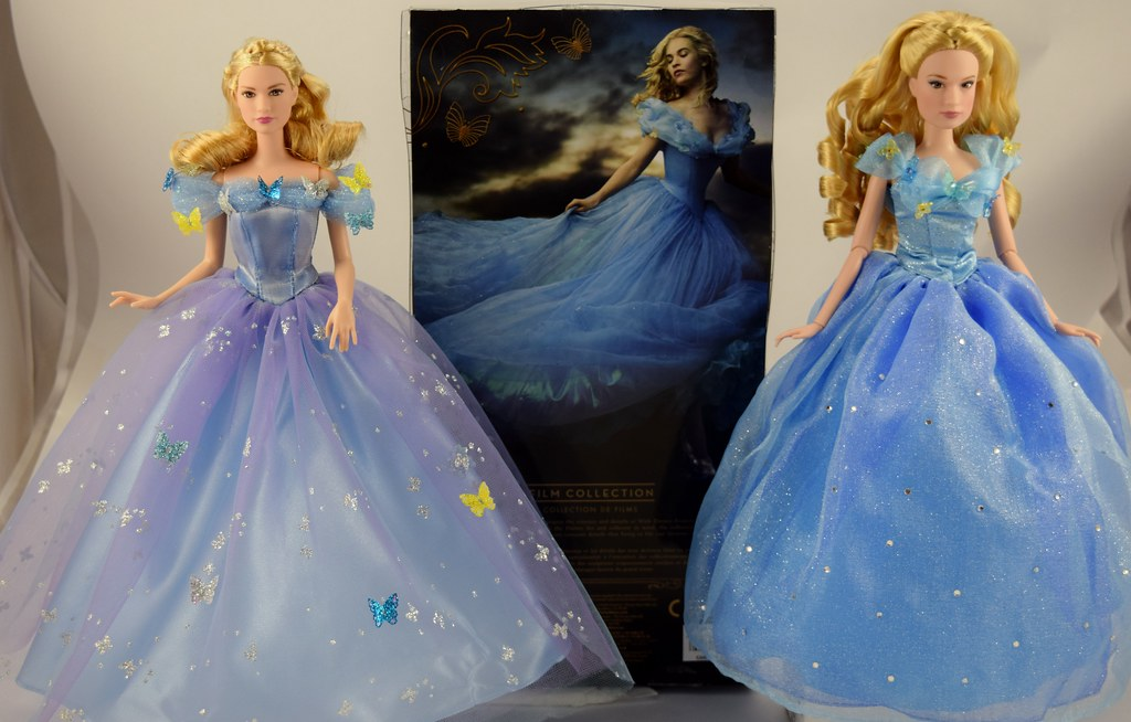 Dolls Disney Store vs