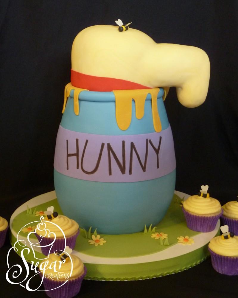 Honey Pot Birthday Cake