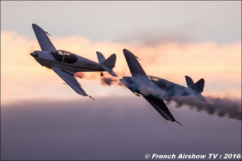 Sunset , Patrouille swift , swift team , Globe Temco Swift , PATROUILLE SWIFT TEAM , night airshow , sunset ,Aerorotorshow 2016 , meeting aerien chabeuil valence 2016, Meeting Aerien 2016 , Canon Reflex , EOS System