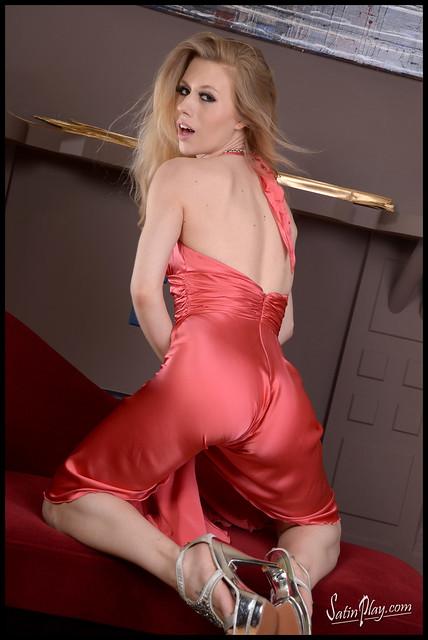 Michelle Moist Nude Photos 57