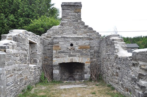 Remains of the original house, Pinhey's Point