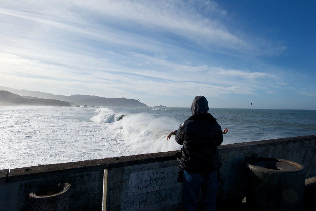 Pacifica 39 s fishing pier and big waves 1 2014 big man for Pacifica pier fishing report