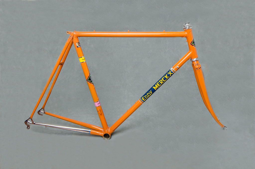 Eddy Merckx Professional Bicycle Frame, Molteni Team colors | Flickr ...: https://www.flickr.com/photos/lesliewong/12392800914