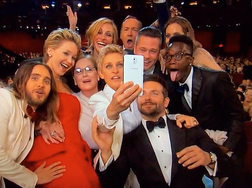 Ellen DeGeneres' Oscar Selfie: What You Didn't See in the ...