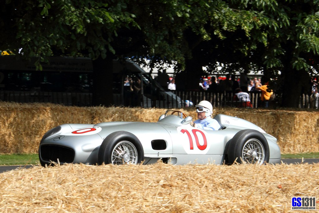 British Sports Cars >> 1954 Mercedes-Benz W 196 R driven by Sir Stirling Moss ...