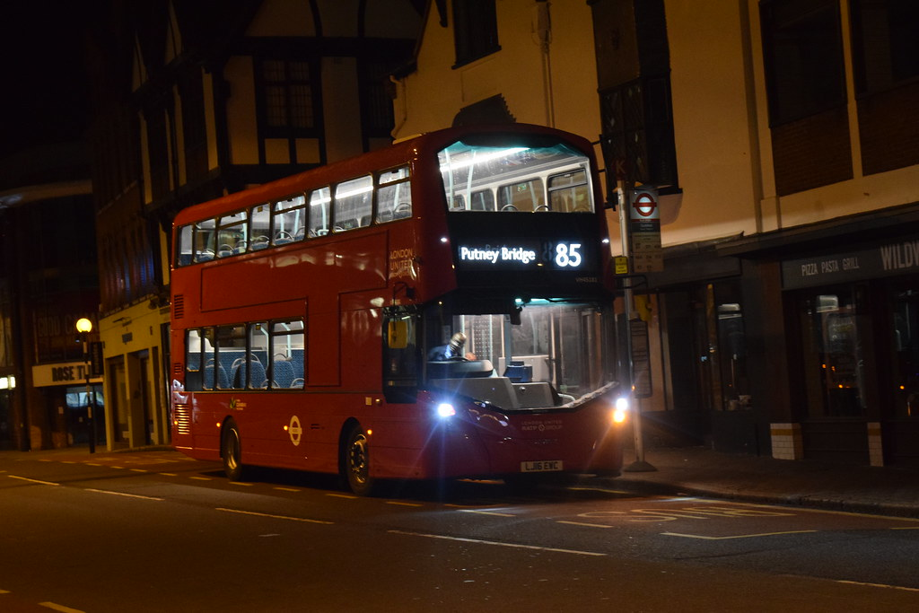 First london united 85 service london united vh45181 for 85 bus timetable