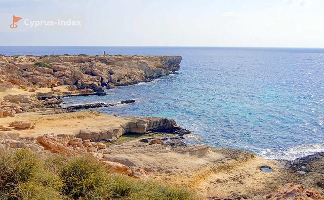 Участки вблизи пещеры Циклопа, где можно позагорать и искупаться, Протарас, Кипр